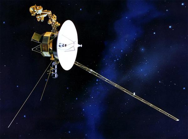 """Дальний путь """"Voyager""""."""