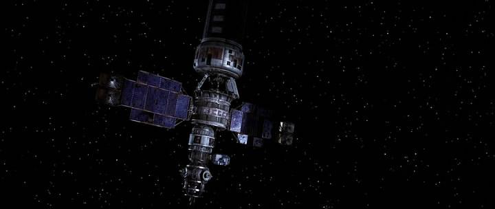 Команда миссии STS-200 вышла в космос