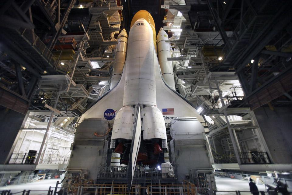 """в начале марта 2011 года NASA завершило эксплуатацию """"космических челноков"""""""