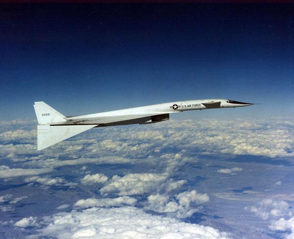 Сверхзвуковой стратегический бомбардировщик «Valkyrie» – почти фантастика…
