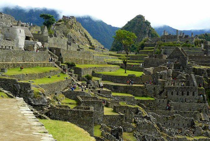 Раскопки в затерянном городе инков Мачу-Пикчу