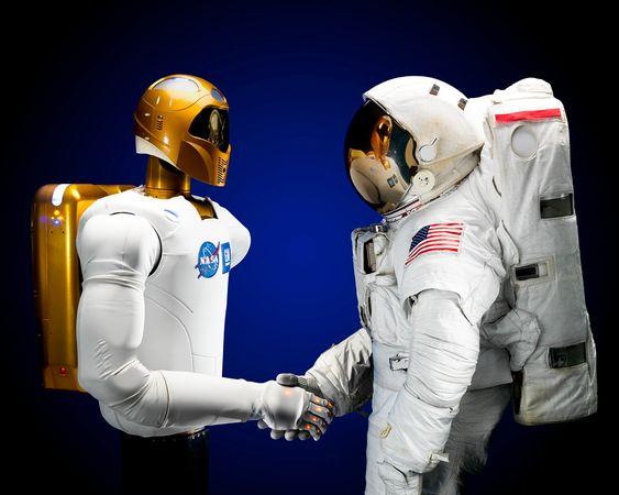 Андройд R2 – почти R2D2 | (человекоподобный робот).