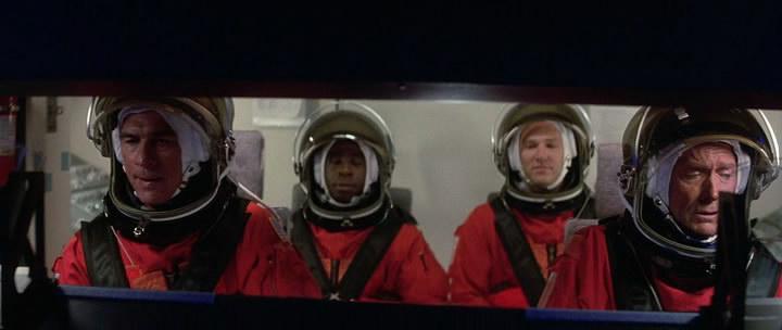 Симуляция полета в космос