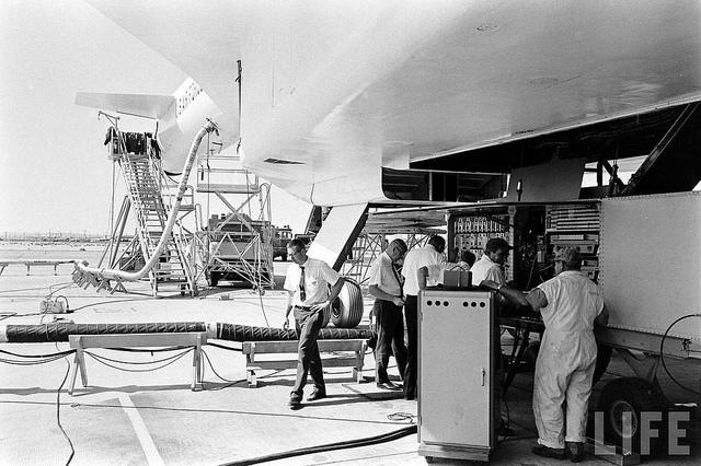 Подготовка самолета ко взлету