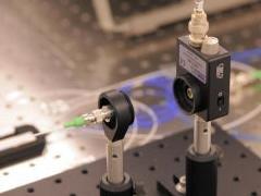 НАСА разглядит гравитационные волны при помощи атомной оптики .