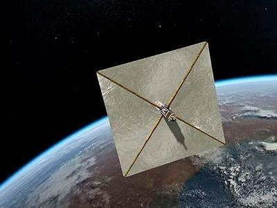 Солнечный парус площадью в тысячу с лишним квадратных метров