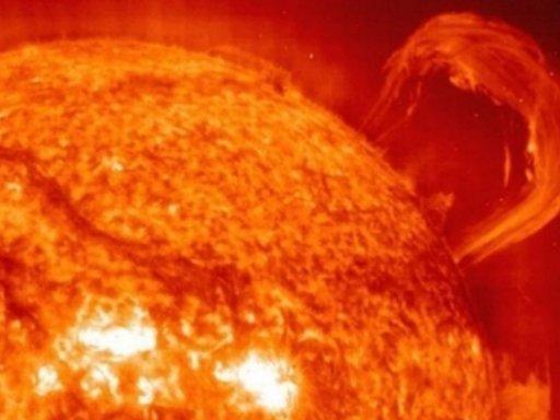 Солнце выдало крупнейшую пока в этом году вспышку