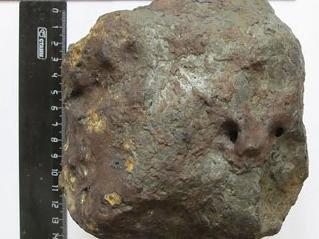 Упорный челябинец нашел самый крупный осколок нашумевшего болида